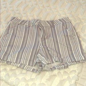 Gray/white shorts